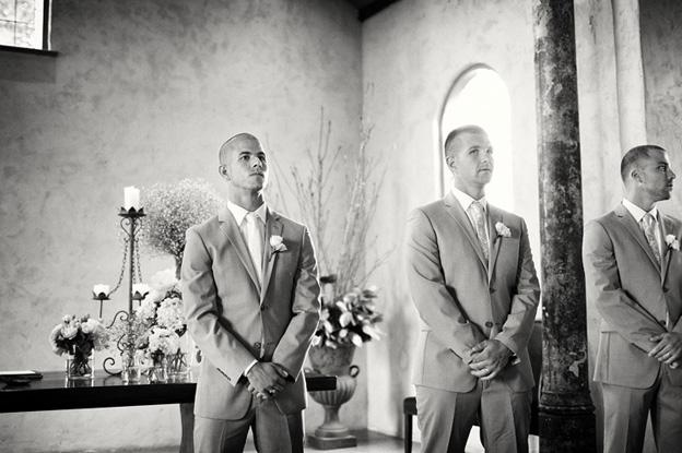 10-groom-aisle