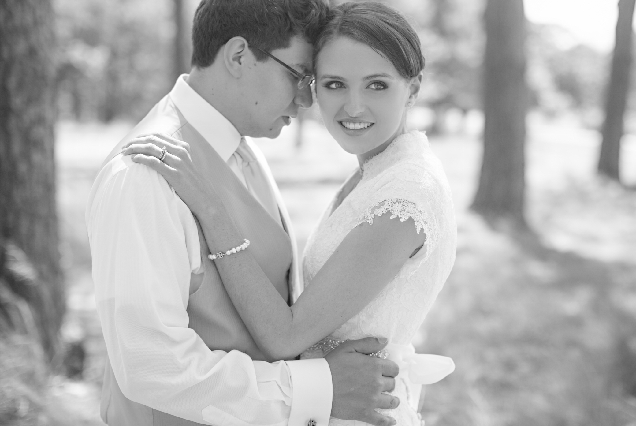 DIY Wedding Bride and Groom Photos